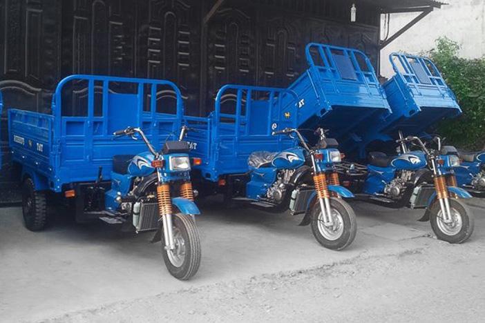 chở hàng xe ba gác giá rẻ Tân Bình